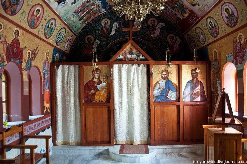 Монастырь Агаратос, Сампас