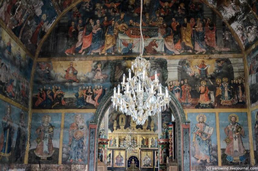 Монастырь Благовещения Пресвятой Богородицы, Крушедол-Прнявор