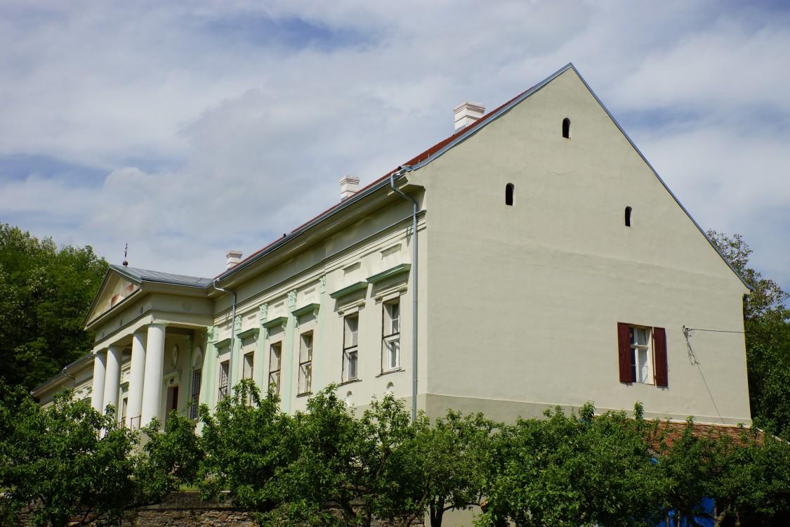Месичский Иоанно-Рождественский монастырь, Месич