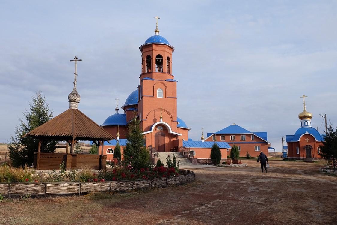 Самарская область, Кинельский район, Чубовка. Покровский мужской монастырь., фотография. фасады