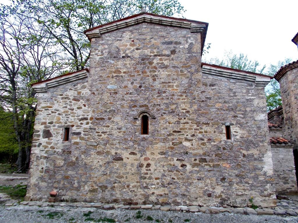 Монастырь Дзвели Шуамта. Зальная церковь, Старая Шуамта