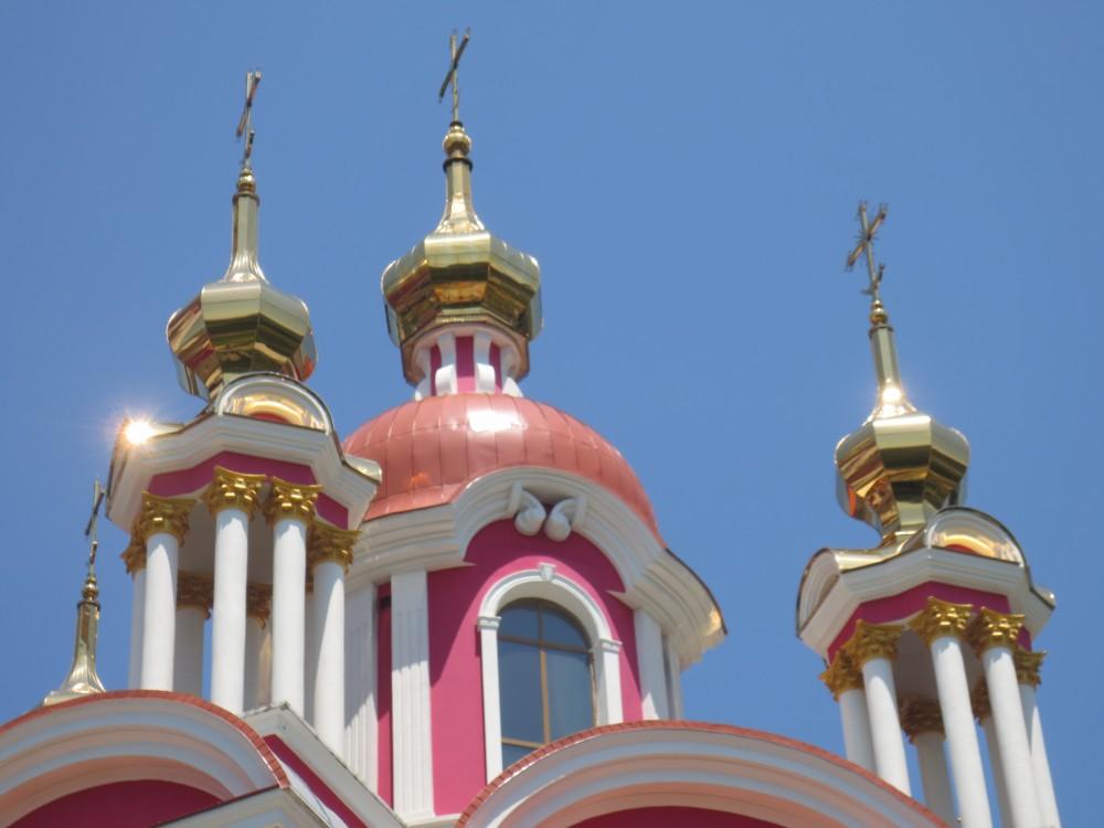 Краснодарский край, Сочи, город, Сочи. Церковь Пантелеимона Целителя, фотография. фасады