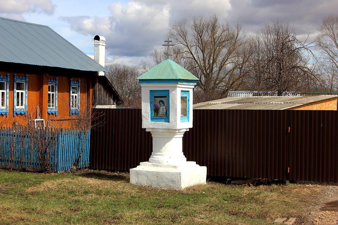 Республика Марий Эл, Йошкар-Ола, город, Якимово. Часовенный столб, фотография. фасады