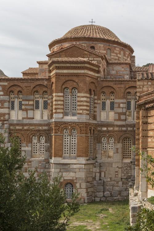 Греция, Западная Греция, Осиос Лукас. Монастырь Луки Елладского. Собор Луки Елладского (Стириота), фотография. фасады, восточный фасад