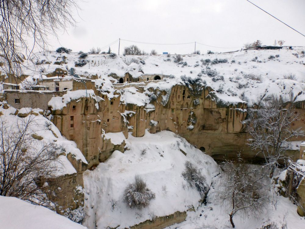 Монастырь, Ортахисар