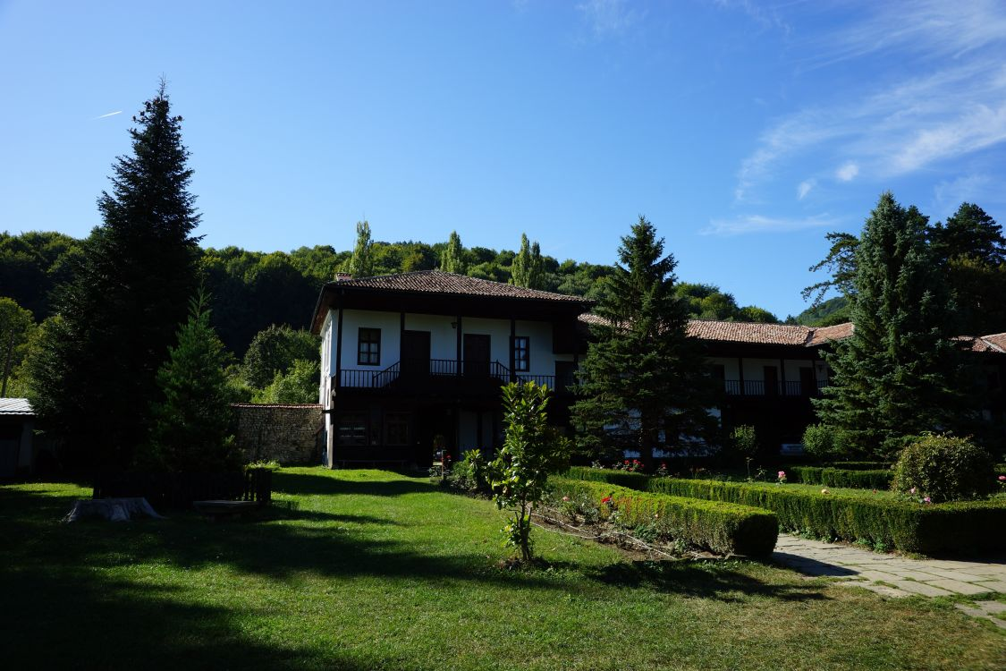 Болгария, Габровская область, Габрово. Габровско-Сокольский Успенский монастырь, фотография. фасады