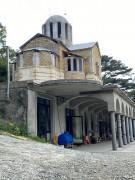Массандра. Царственных страстотерпцев, церковь