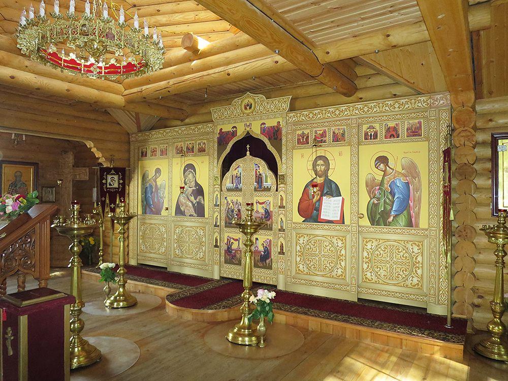 Церковь Спиридона Тримифунтского в Московском, Москва