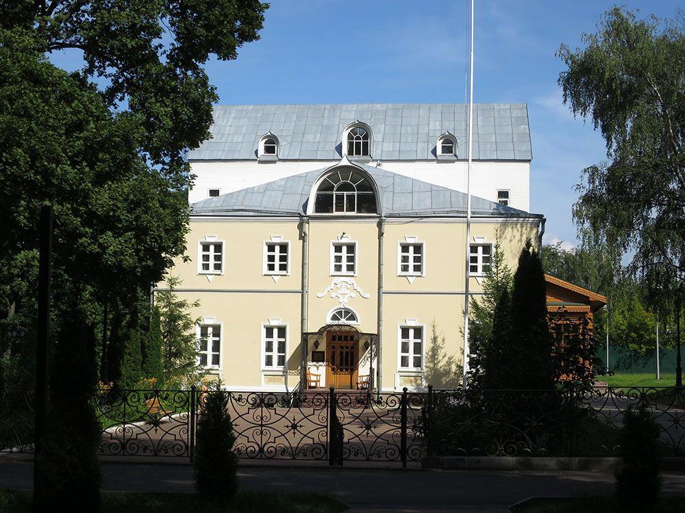Троицкое подворье Покровского монастыря в Троице-Лыкове, Москва