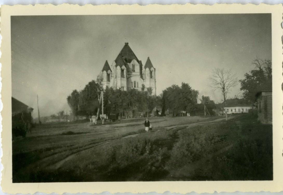 Церковь Флора и Лавра (старая), Зикеево