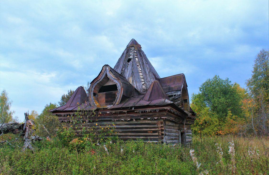 Костромская область, Чухломский район, Зинаково, урочище. Неизвестная часовня, фотография. фасады