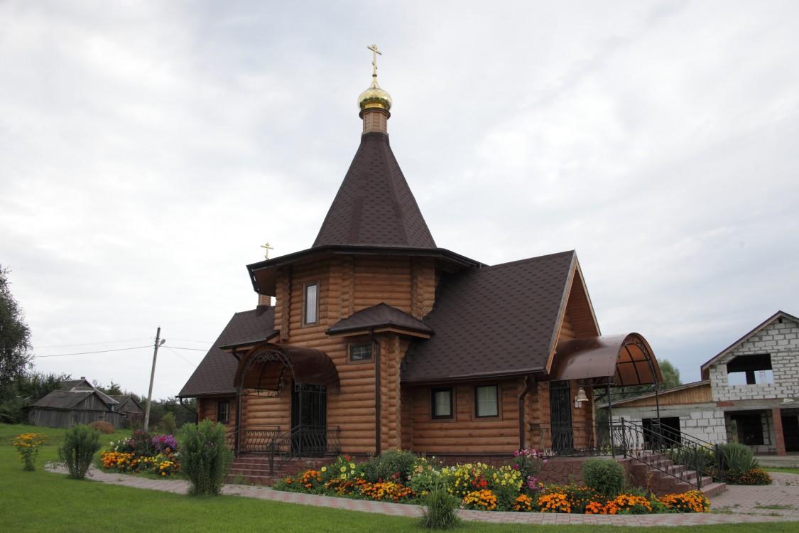Калужская область, Козельский район, Слаговищи. Церковь Михаила Архангела, фотография.